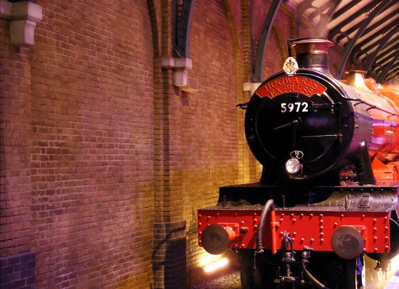 La voie 9 3/4 et le Poudlard Express