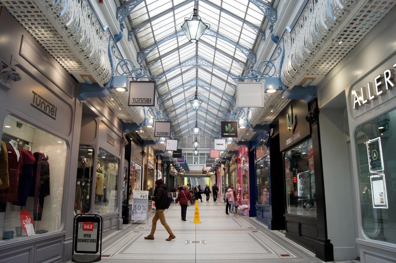 Queen's Arcade, Leeds