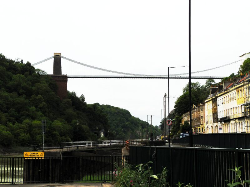 Les Quais & Clifton Suspension Bridge