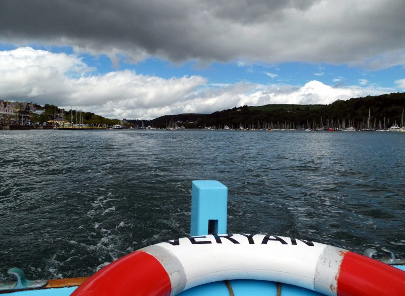 Dartmouth, prendre le bateau pour aller au château