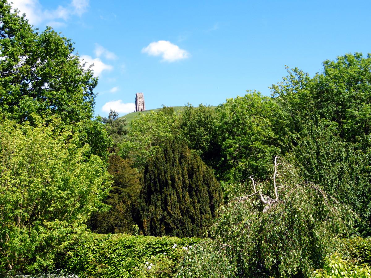 Glastonbury Tor, vu du Chalice Well